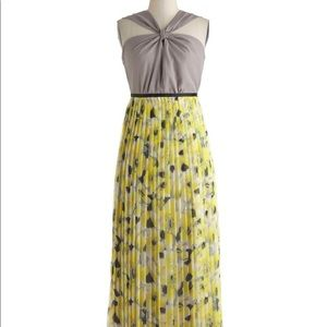 Modcloth Ryu Yellow Floral Pleated Maxi Dress